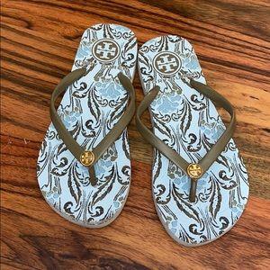 Tory Burch size 35 sandal